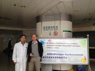 Dr Van Overschelde in China