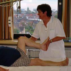 physiotherapist hip